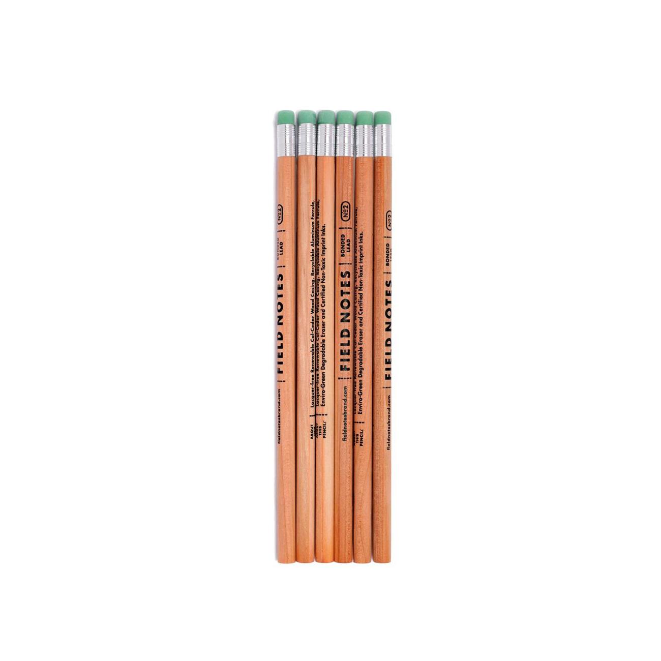 Field Notes, Bleistift, Naturholz, bedruckt, mit Radiergummi, grün