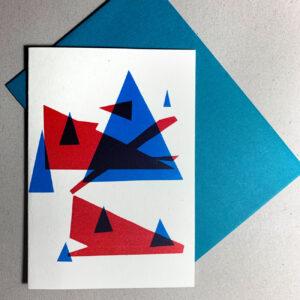 Klappkarte grafischer Baum, Dreiecke, rot, blau, mit Kuvert