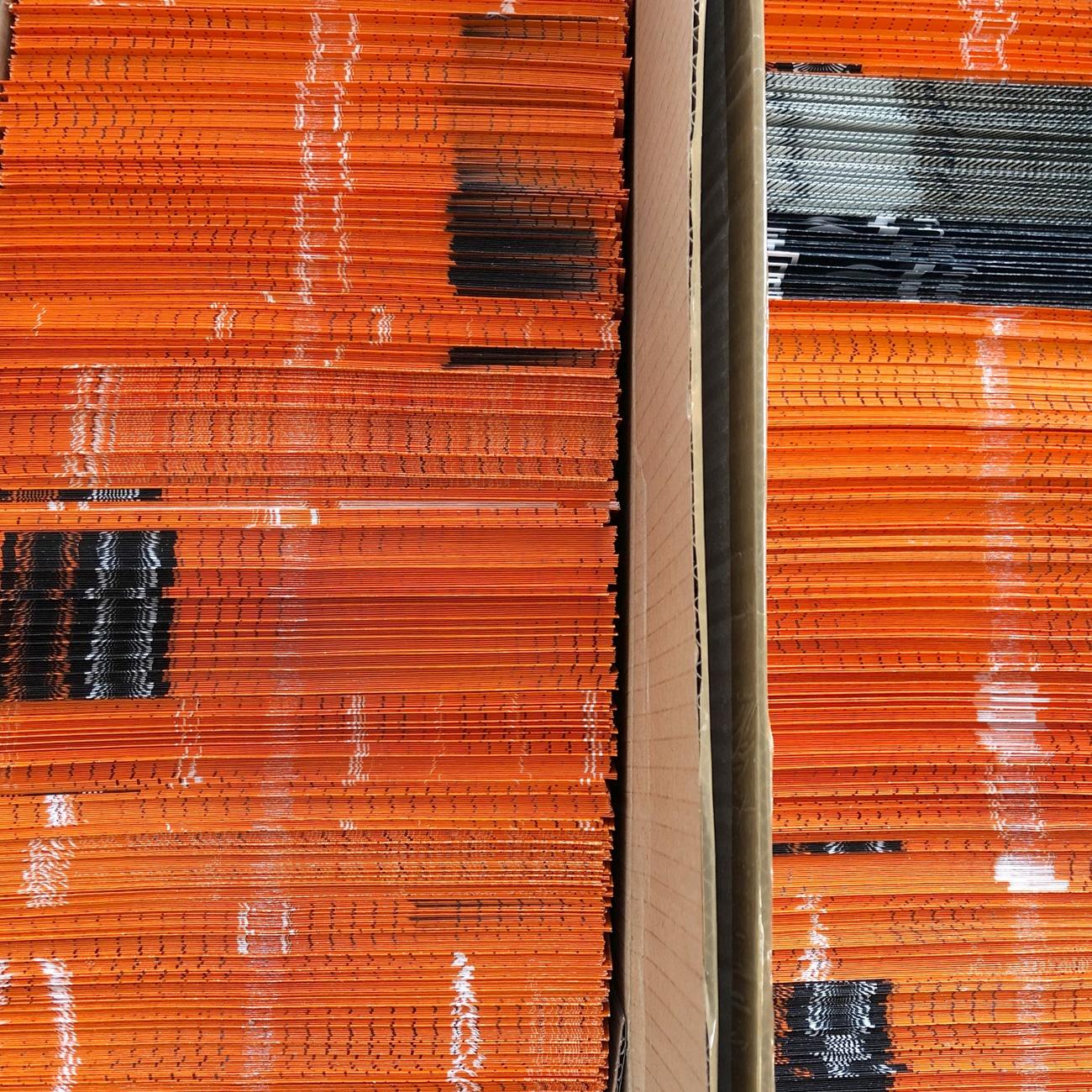 Vorrat an Kuverts, orange, recycled, by Umwerk